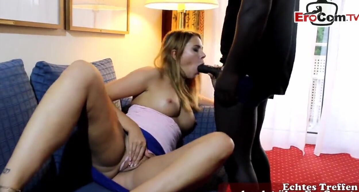 amateur first fuck clips